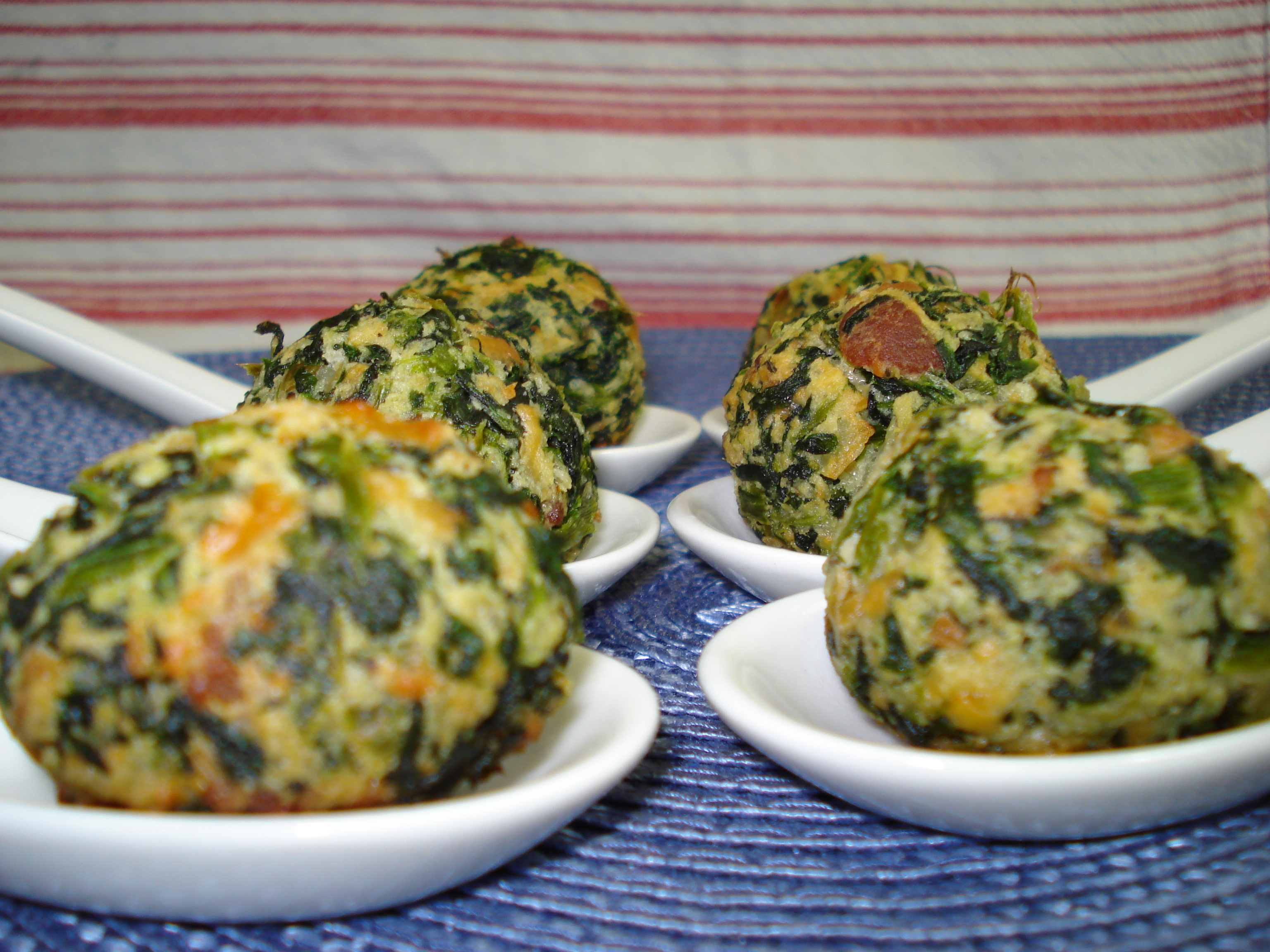 Spinach Bacon Cheese Balls | Ruby Reduction